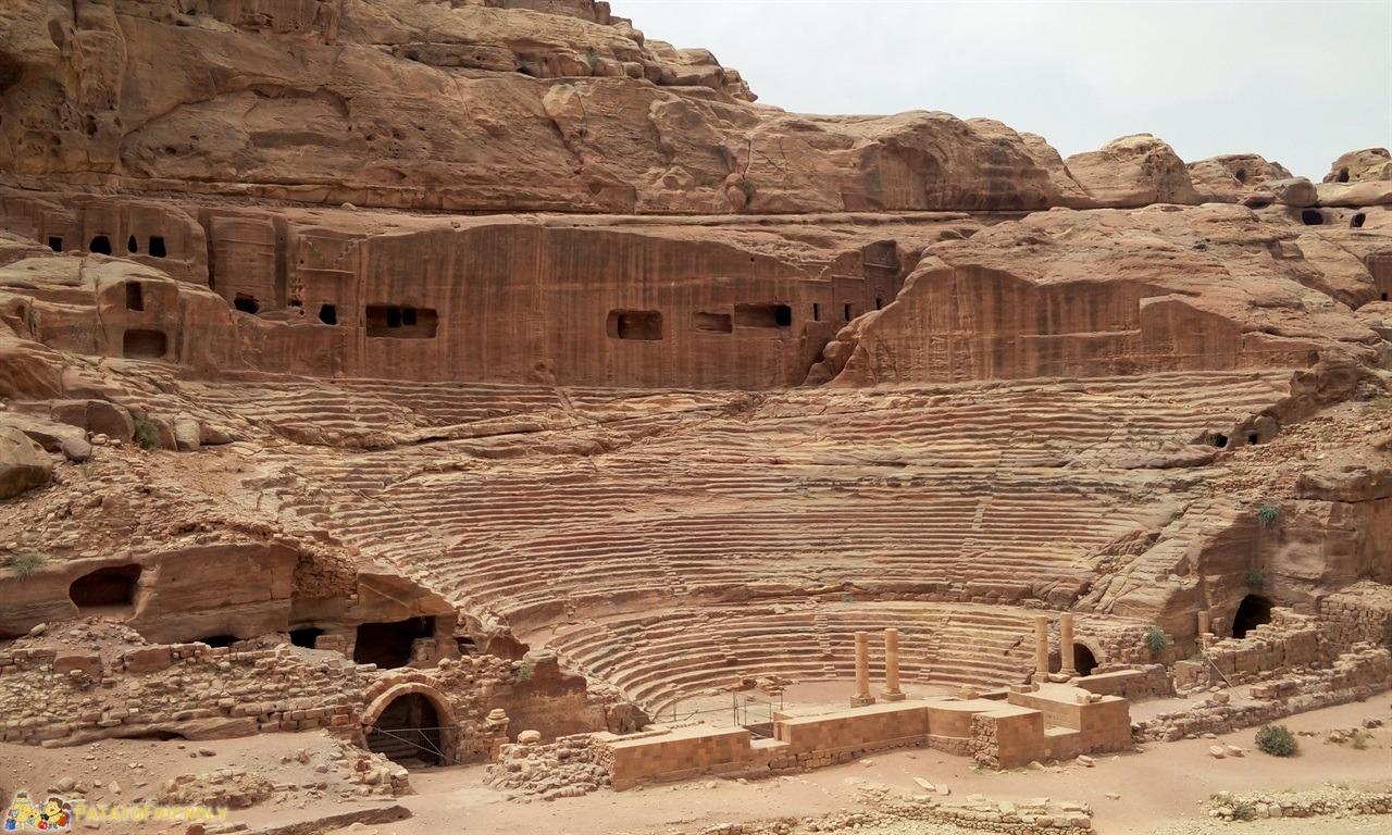 [cml_media_alt id='6746']Visitare Petra - Il Teatro Nabateo[/cml_media_alt]