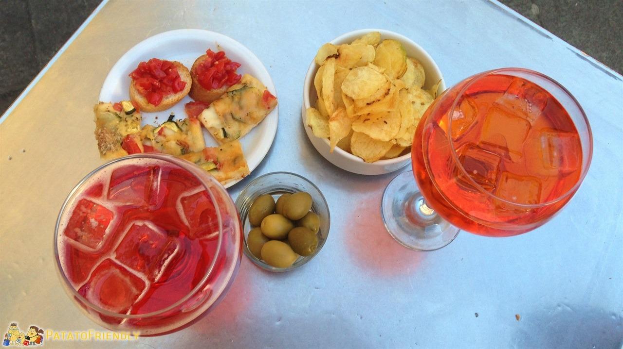 [cml_media_alt id='6072']cosa vedere a Brescia - Aperitivo in salsa bresciana, qui lo Spritz si chiama Pirlo[/cml_media_alt]