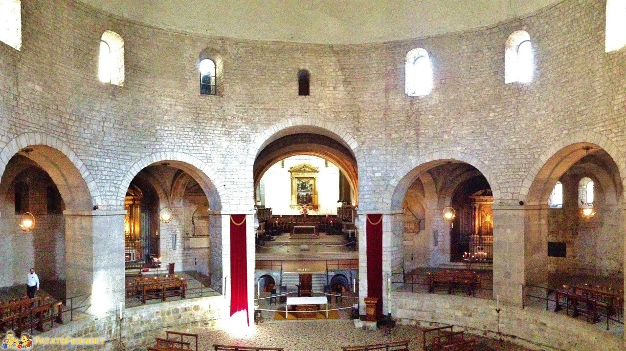 [cml_media_alt id='6076']cosa vedere a Brescia - Gli interni dell'antico Duomo[/cml_media_alt]