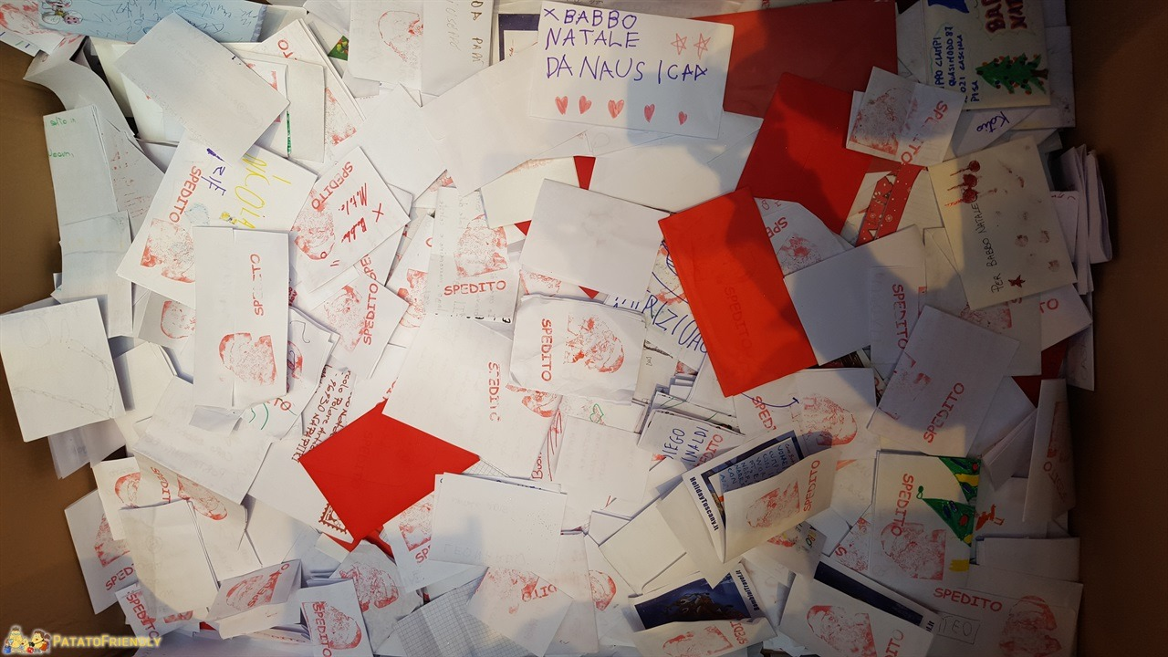 [cml_media_alt id='6824']Casa di Babbo Natale di Montecatini - Le letterine a Babbo Natale[/cml_media_alt]