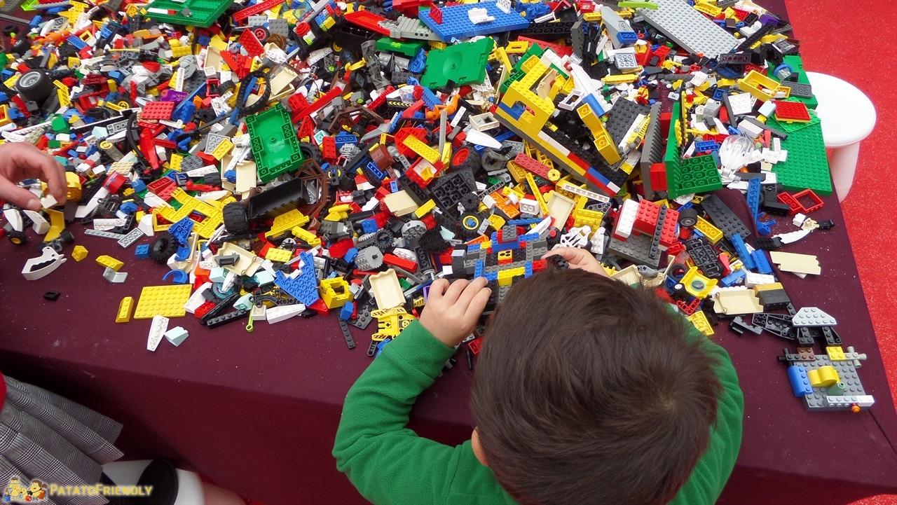 Casa di Babbo Natale di Montecatini - Laboratorio con i Lego