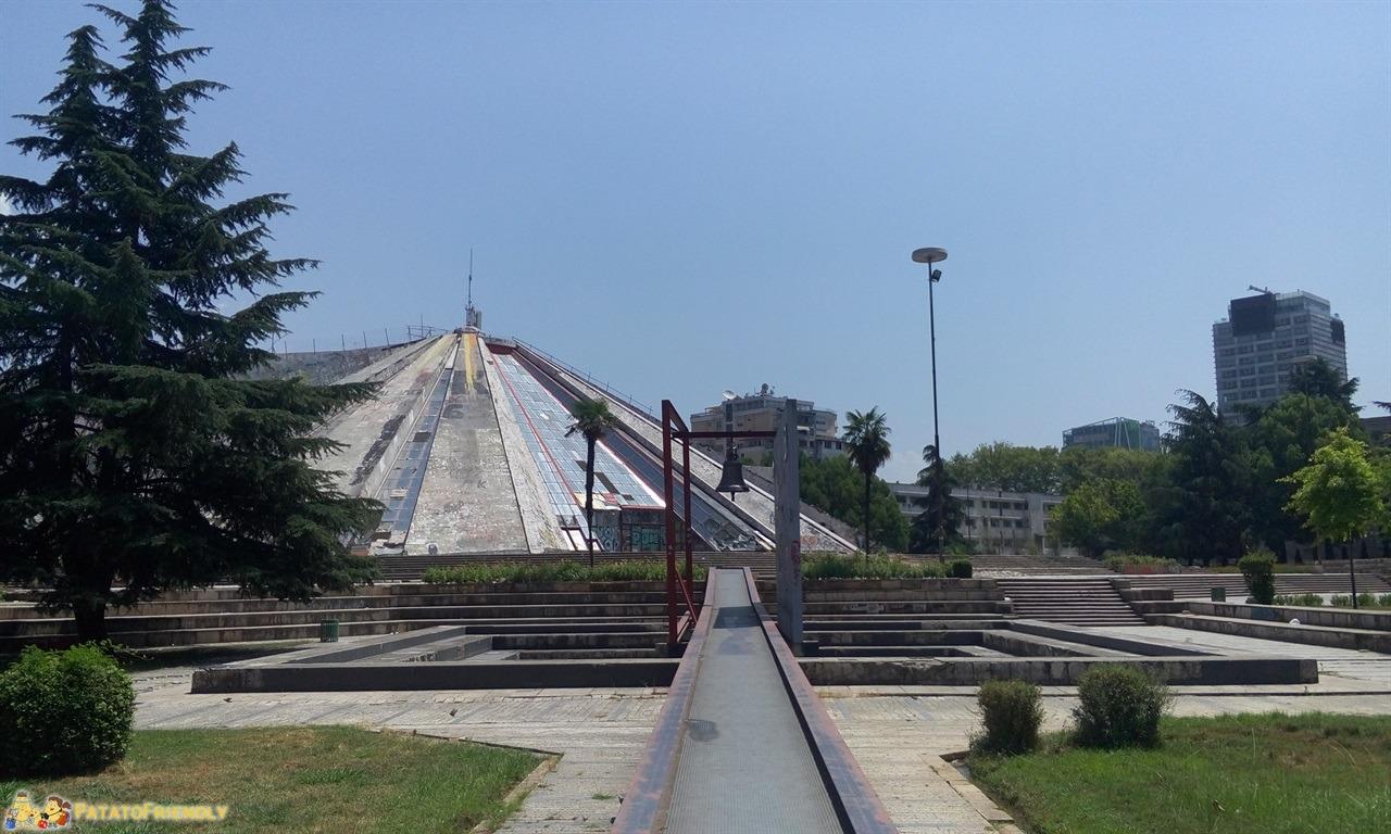 Visitare Tirana - Il Bunker del dittatore Enver