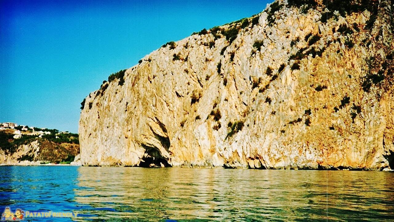 Palinuro - Le scogliere sul mare
