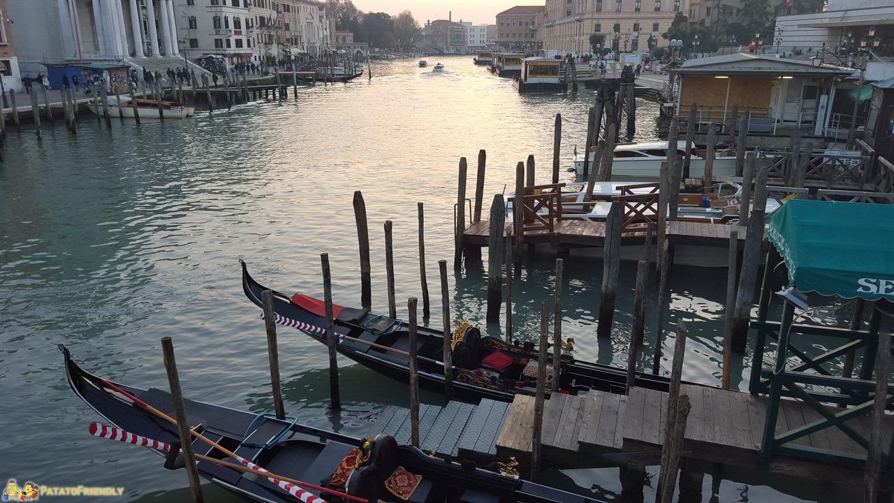 [cml_media_alt id='6875']Venezia a Natale - Il Canal Grande al tramonto con un po' di foschia[/cml_media_alt]