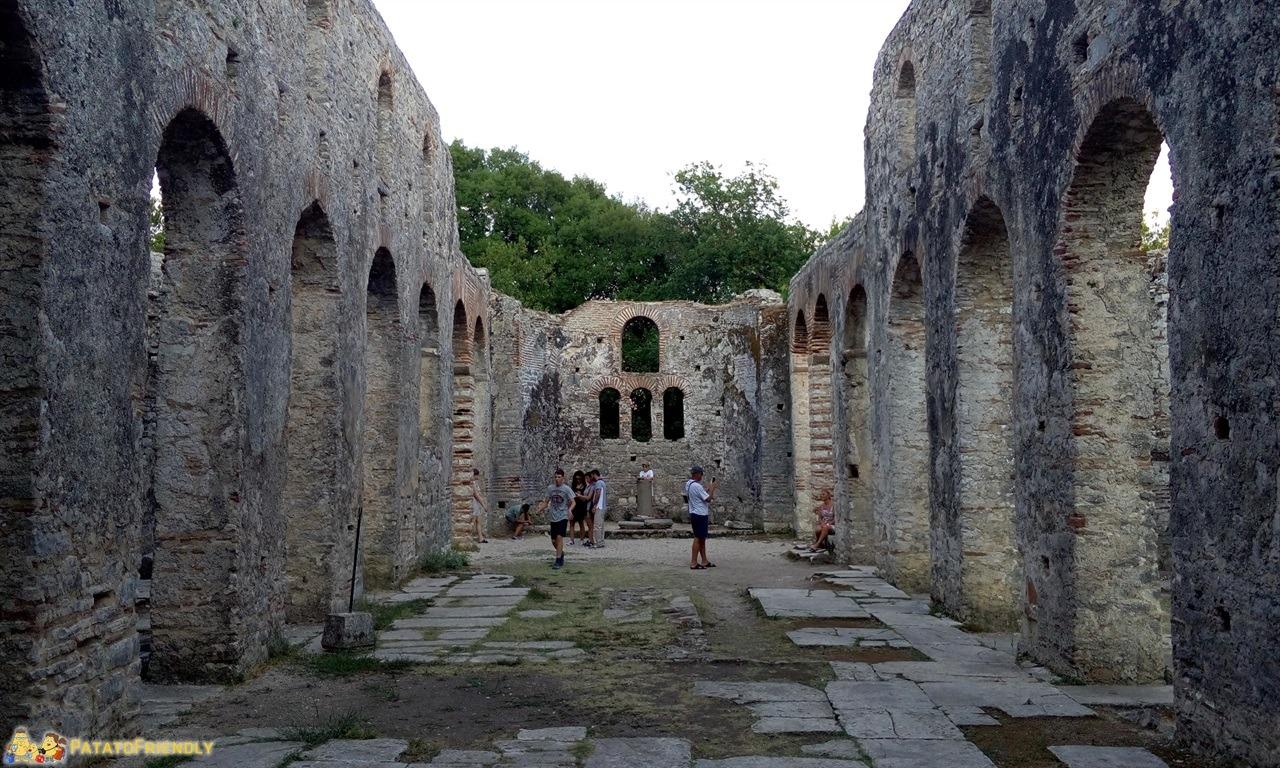 [cml_media_alt id='6494']Butrinto - I resti della grande Basilica Bizantina[/cml_media_alt]