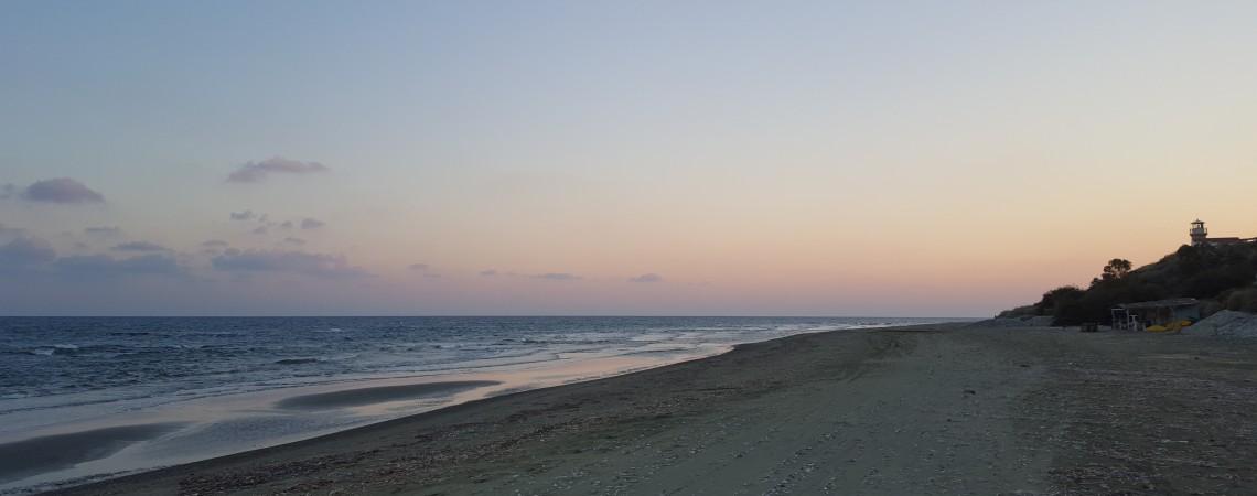 Cipro la spiaggia vicino alla casa