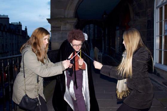 [cml_media_alt id='7116']A Edimburgo sulle tracce di Harry Potter - Foto tratte dal sito web ufficiale del The Potter Trail)[/cml_media_alt]