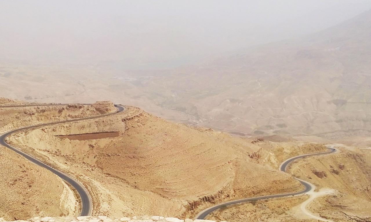 Vacanza in Giordania - Le tortuose e spettacolari strade del Wadi Mujib