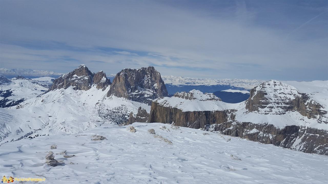 [cml_media_alt id='7266']Cosa fare in Val di Fassa - La vista da Sass Pordoi[/cml_media_alt]