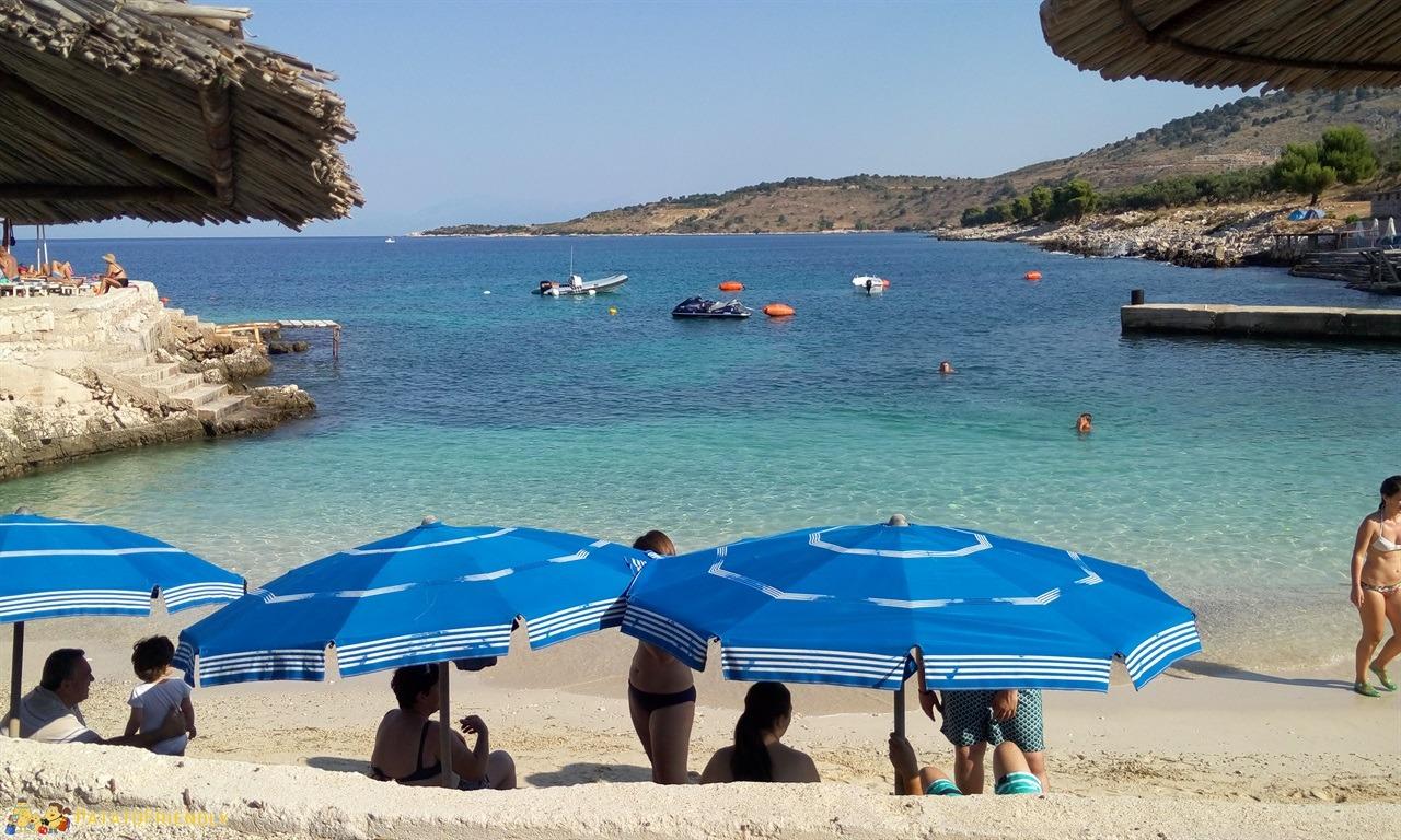 [cml_media_alt id='7089']Le più belle spiagge dell'Albania - Ksamil - La spiaggia dell'Hotel Arthur[/cml_media_alt]