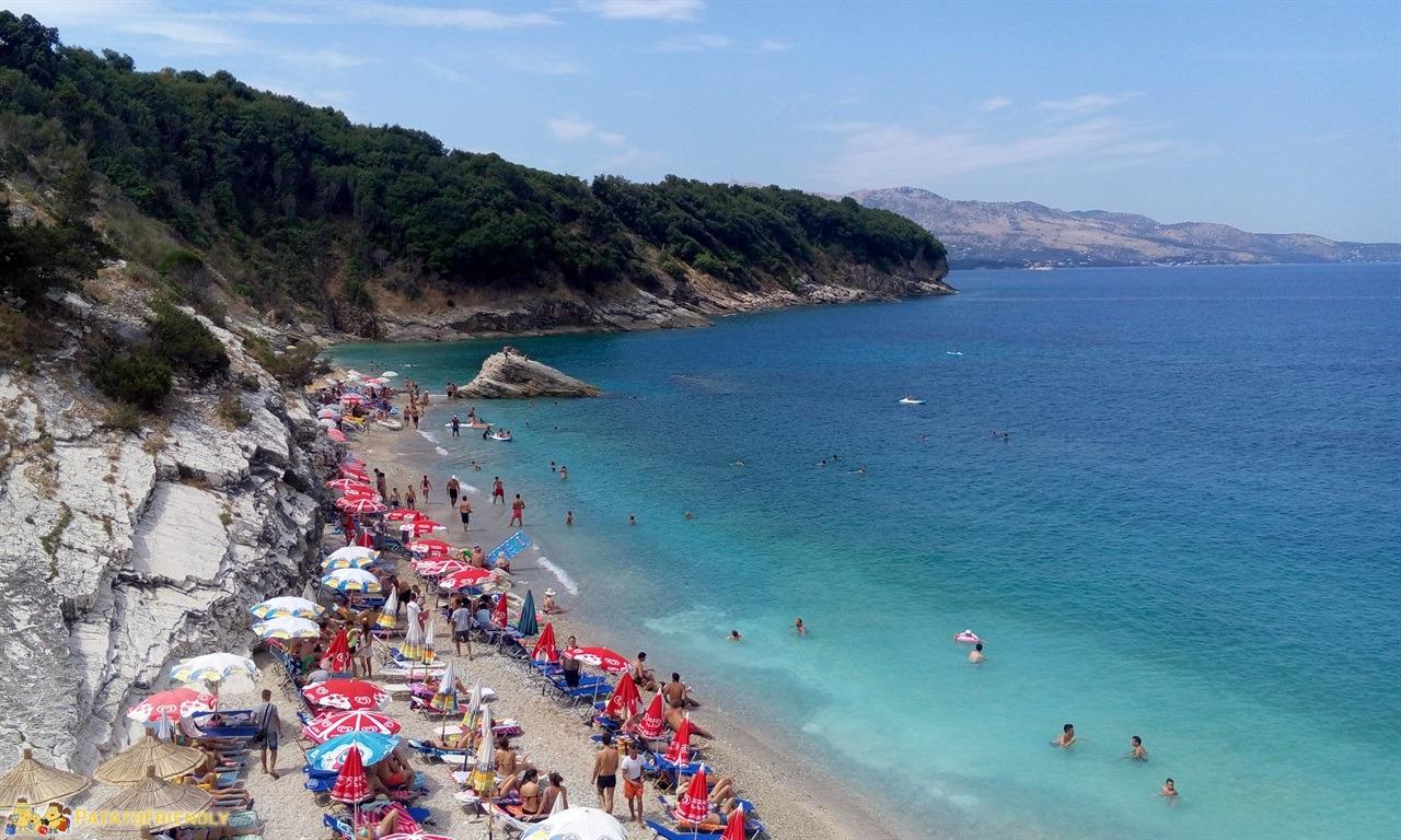 Le più belle spiagge dell'Albania a Ksamil con bambini Pulbardha beach