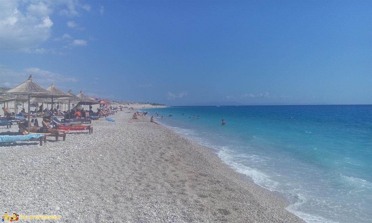 Le più belle spiagge dell'Albania - La bellissima, ma un po' ventosa, spiaggia di Palase