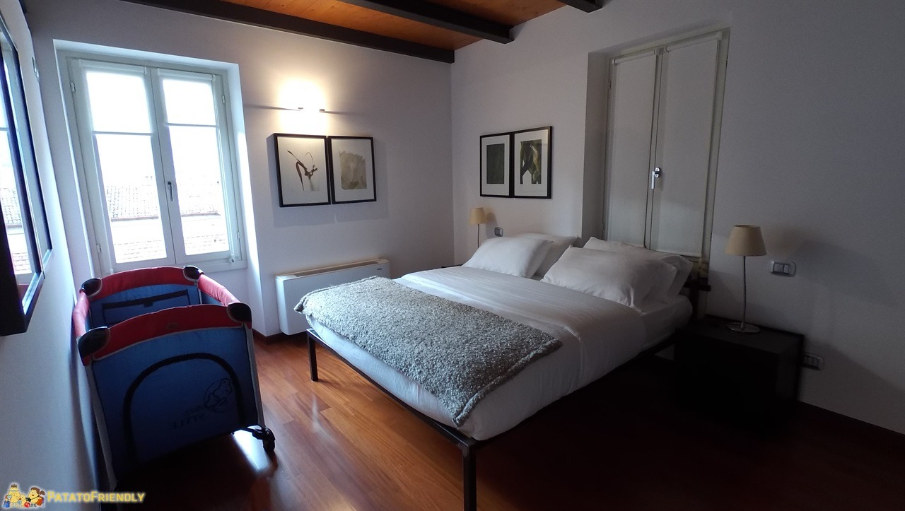 [cml_media_alt id='7552']Dormire a Bellagio - La camera principale dell'appartamento Bellagio Accomodation[/cml_media_alt]