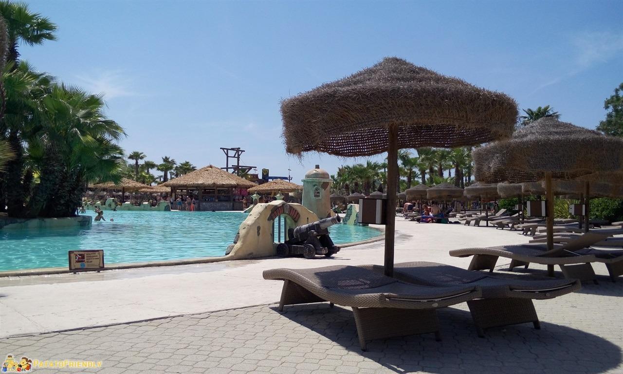[cml_media_alt id='7585']Aqualandia a Jesolo - Una delle piscine del complesso[/cml_media_alt]