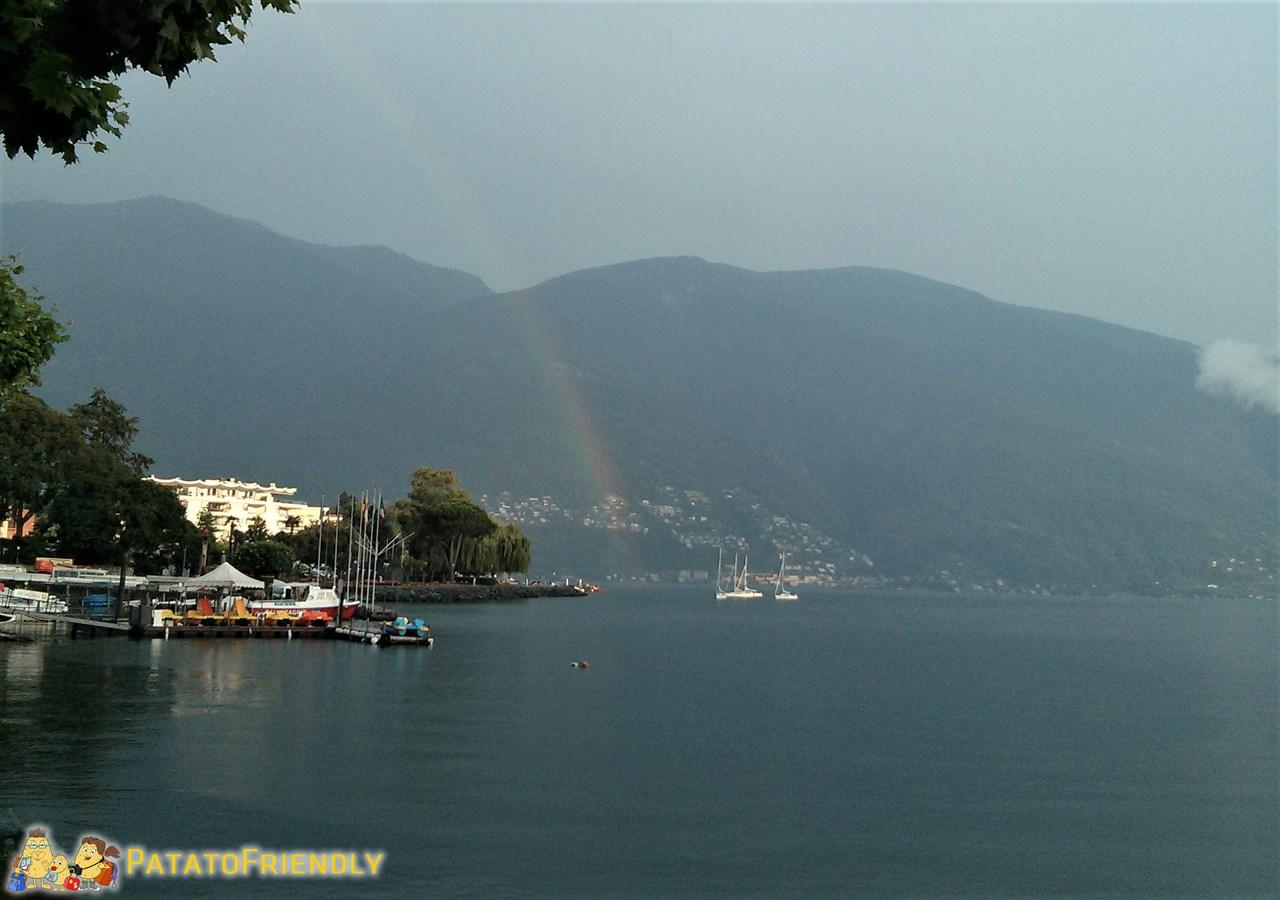 [cml_media_alt id='9479']Il Lido di Locarno con l'arcobaleno durante un giorno di pioggia[/cml_media_alt]