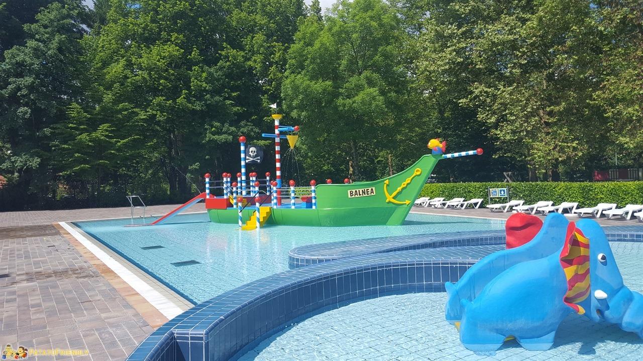[cml_media_alt id='7855']Le Terme di Dolenjske Toplice in Slovenia - Le piscine esterne per i bambini[/cml_media_alt]