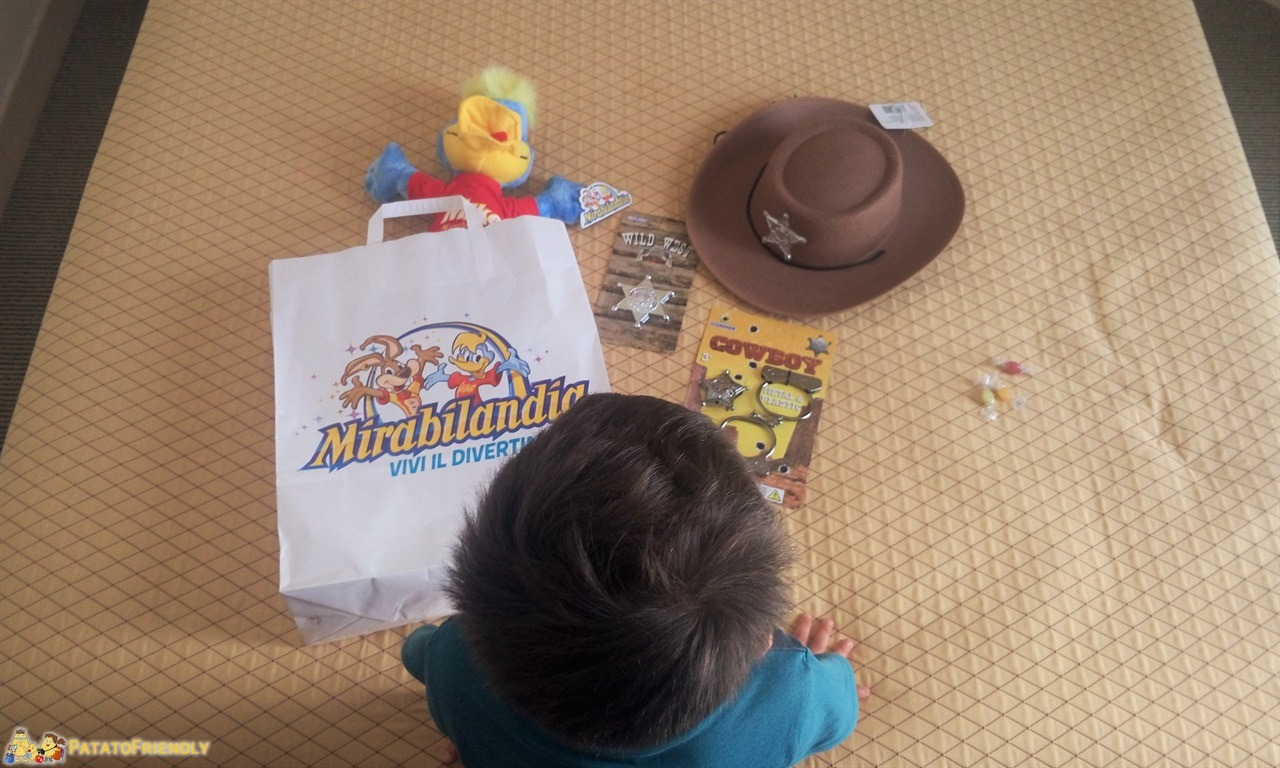Mirabilandia con un bambino di 4 anni - Patato pronto per l'inaugurazione della Far West Valley
