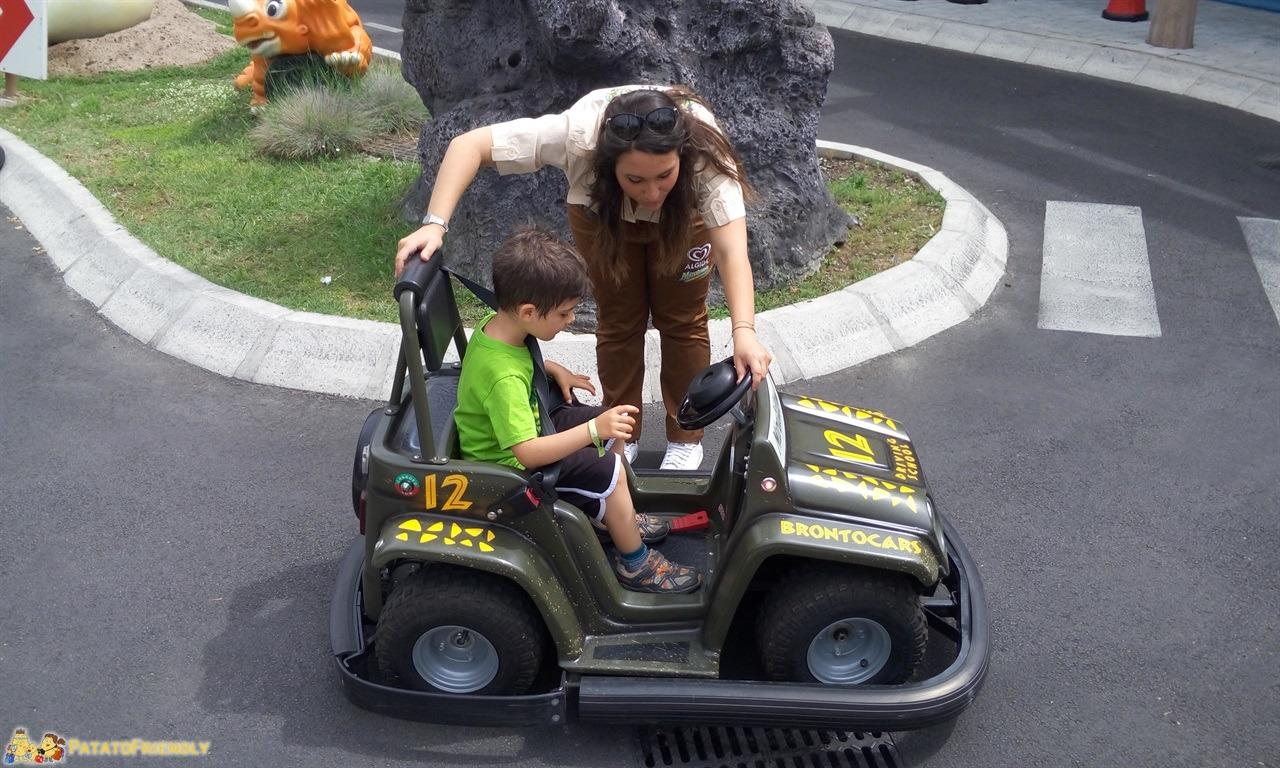 [cml_media_alt id='7783']Mirabilandia con un bambino di 4 anni - Patato sulle Brontocars baby[/cml_media_alt]