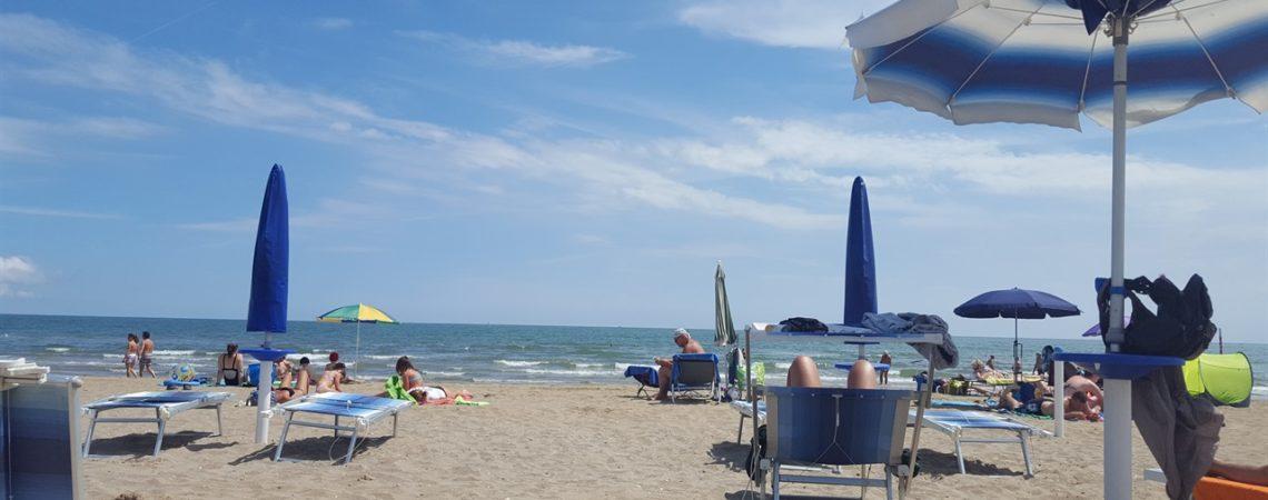 Vacanza a Jesolo con i bambini - La grande spiaggia di sabbia