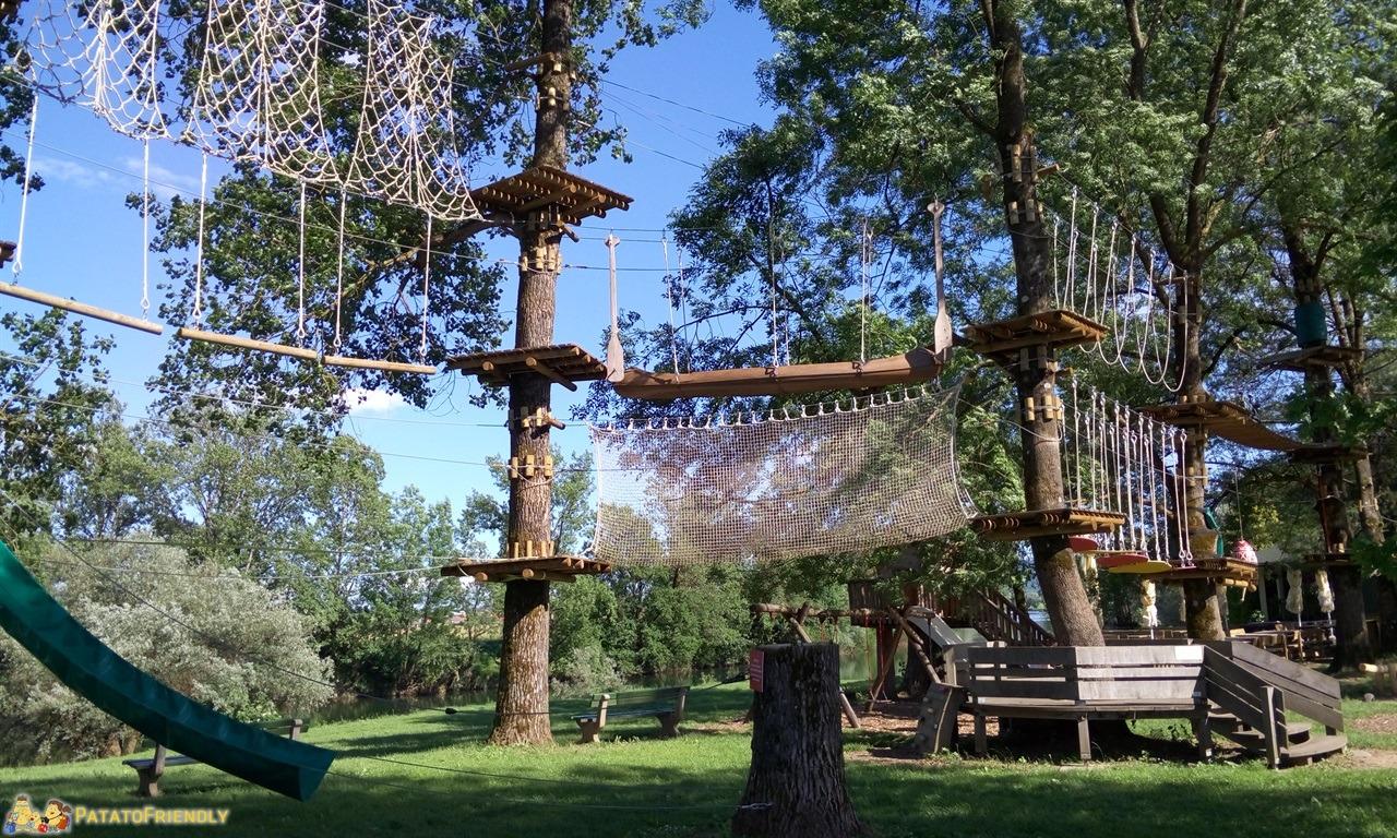 [cml_media_alt id='7688']Vacanza in Slovenia coi bambini - Il parco avventuare del Camp Podzemelj[/cml_media_alt]