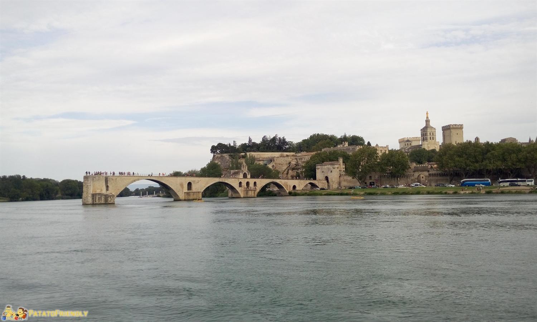 [cml_media_alt id='8476']Avignone in un giorno - Il Ponte di St. Benezet dall'altra sponda[/cml_media_alt]