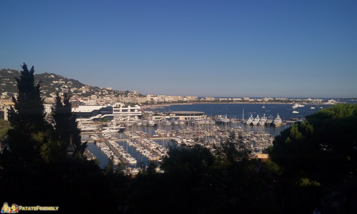 [cml_media_alt id='8673']Costa Azzurra - Vista su Cannes[/cml_media_alt]