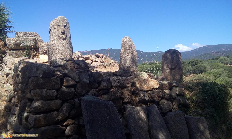 Un itinerario per un viaggio in Corsica - Filitosa e i suoi menhir scolpiti