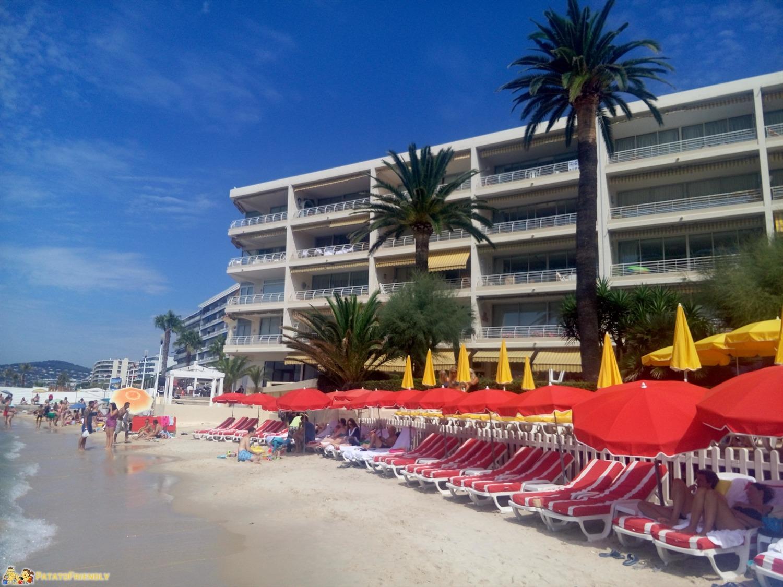 [cml_media_alt id='8354']Le belle spiaggie di sabbia dorata di San Juan Les Pins ad Antibes[/cml_media_alt]