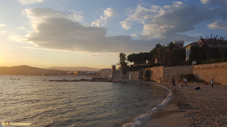 [cml_media_alt id='8356']San Juan Les Pins di Antibes al tramonto[/cml_media_alt]