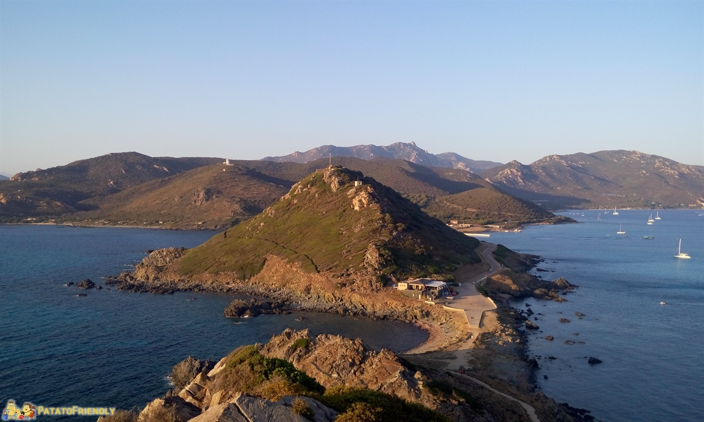 [cml_media_alt id='8415']La Corsica e le sue coste montuose[/cml_media_alt]