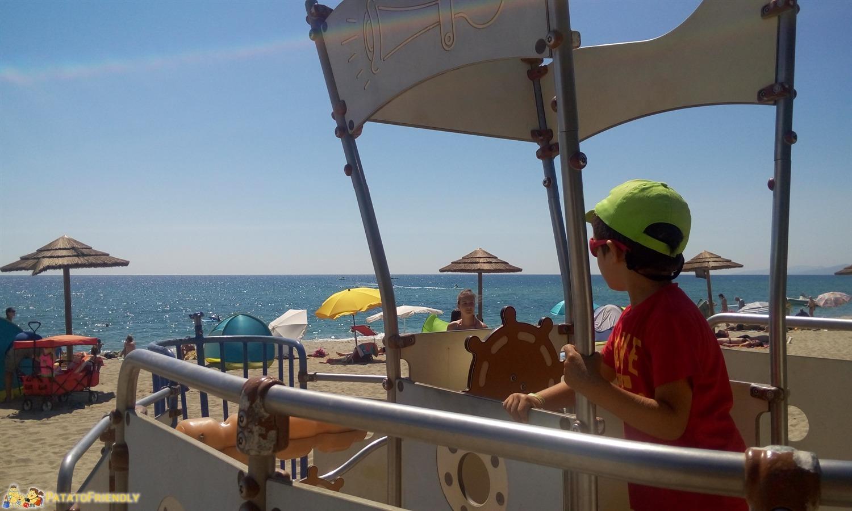 La spiaggia Marina d'Oru a Ghisonaccia con i giochi per i bambini