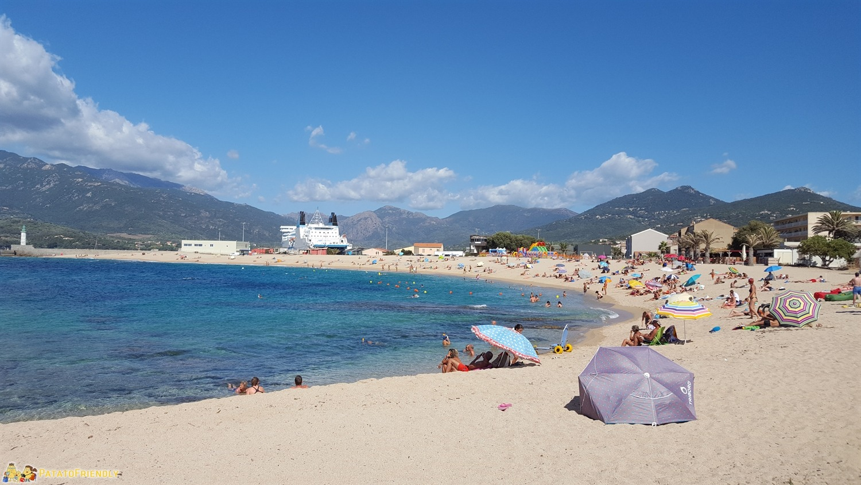 La spiaggia del Lido di Propriano, perfetta per i bambini