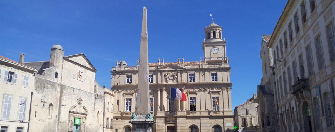 Il centro della cittadina di Arles