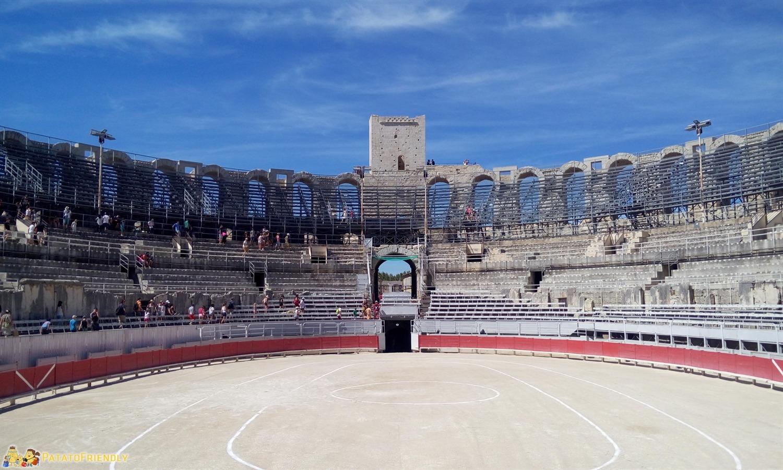 L'Arena di Arles Il grande anfiteatro romano perfettamente conservato