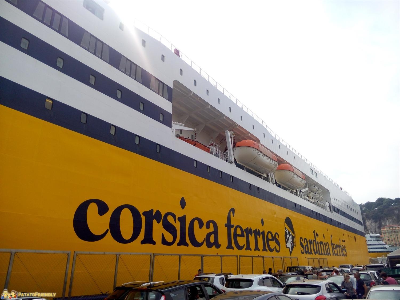 Corsica in Traghetto - La Mega Express V