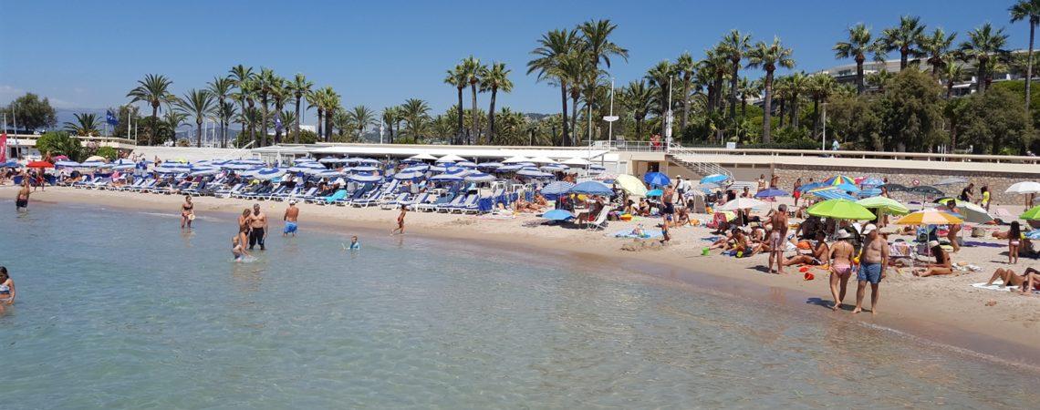 Cannes Low Cost - Il mare cristallino anche a Ferragosto