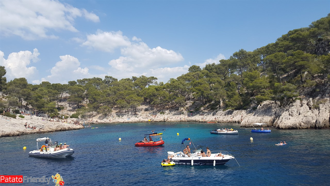 [cml_media_alt id='10002']Cassis - Les Calanques - Una delle insenature[/cml_media_alt]