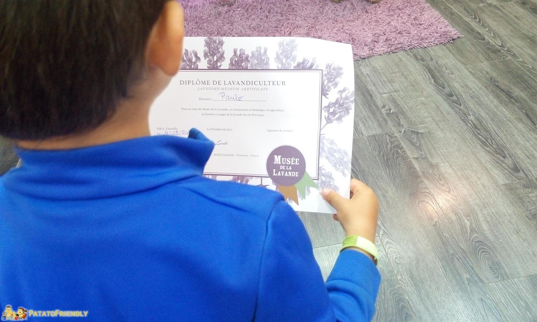 Il Museo della Lavanda di Coustellet - Il diploma per i bambini a fine visita