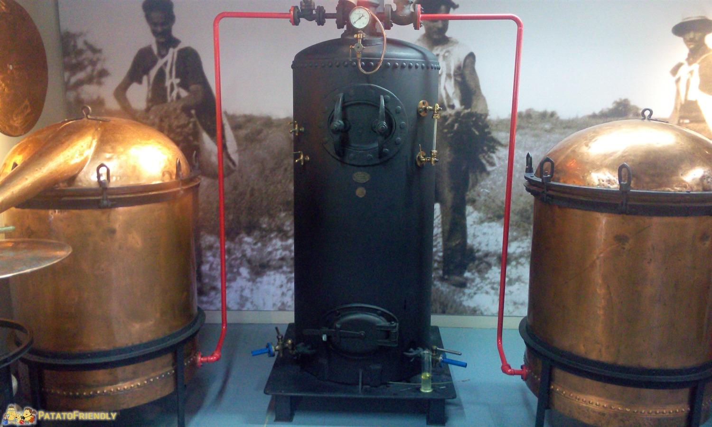 Il Museo della Lavanda di Coustellet - Gli strumenti per la distillazione