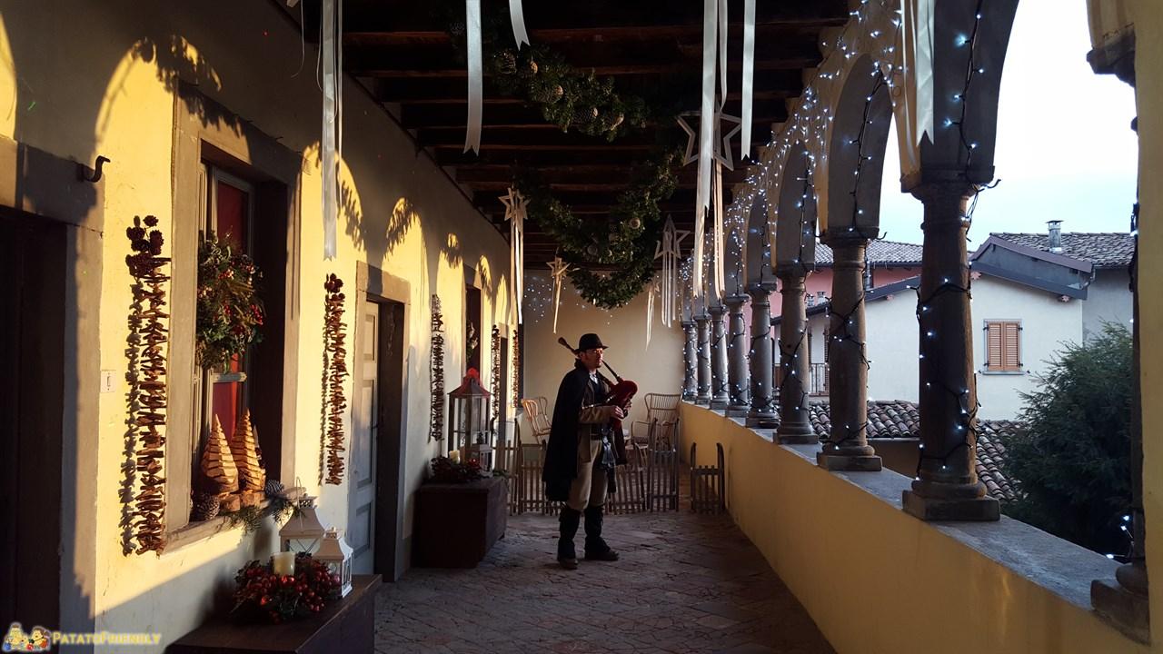 Babbo natale in lombardia la casa di bergamasca di babbo for Piani di casa di 1250 piedi quadrati