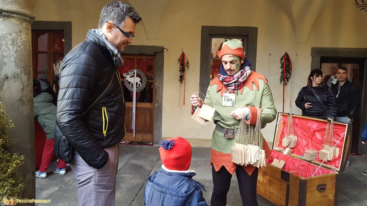[cml_media_alt id='8837']La Casa Bergamasca di Babbo Natale: Uno degli Elfi di Babbo Natale[/cml_media_alt]