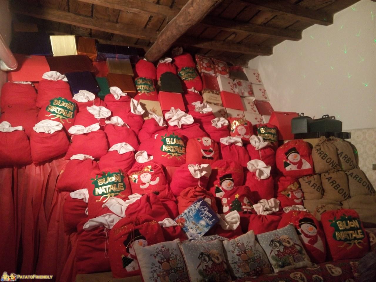 [cml_media_alt id='8839']La Casa Bergamasca di Babbo Natale: i doni di Natale[/cml_media_alt]