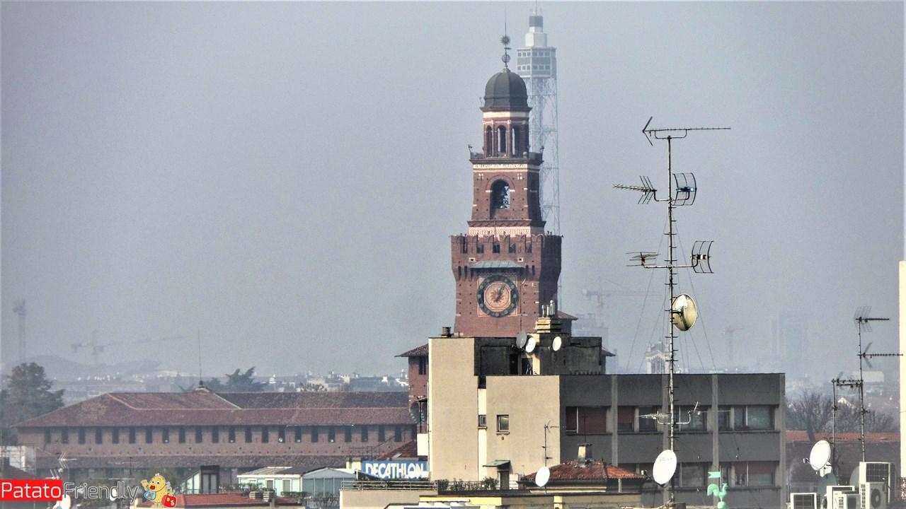 Milano in un giorno - Il castello Sforzesco visto dalla Highline Galleria