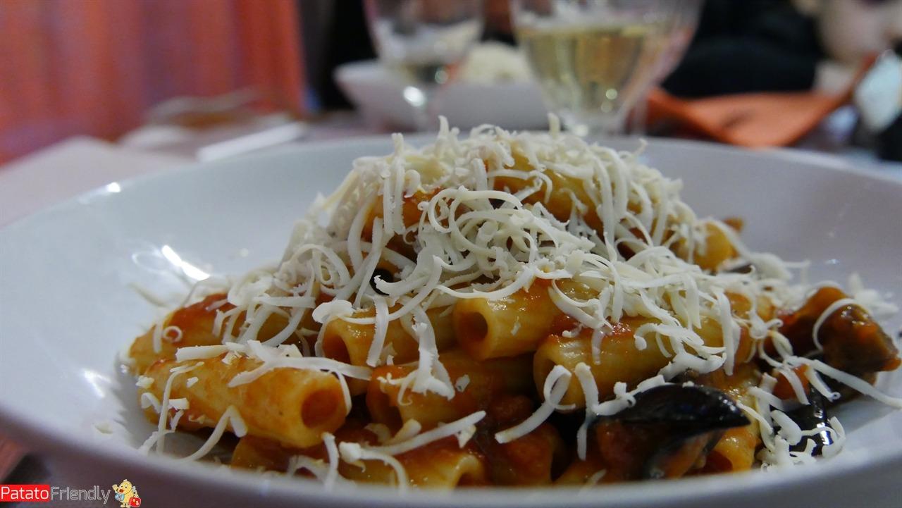 Cosa mangiare in Sicilia -Pasta alla Norma a Catania