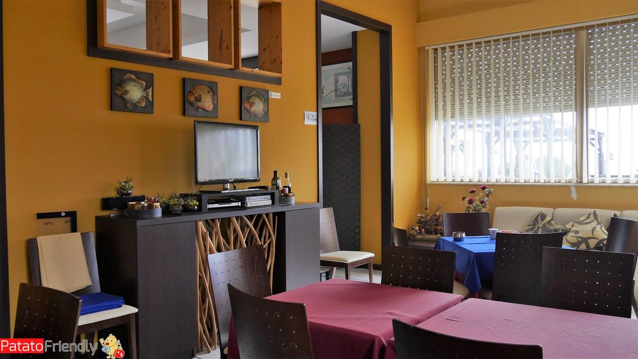 [cml_media_alt id='10852']Hotel Jonio - Lido di Noto - Una delle salette interne[/cml_media_alt]