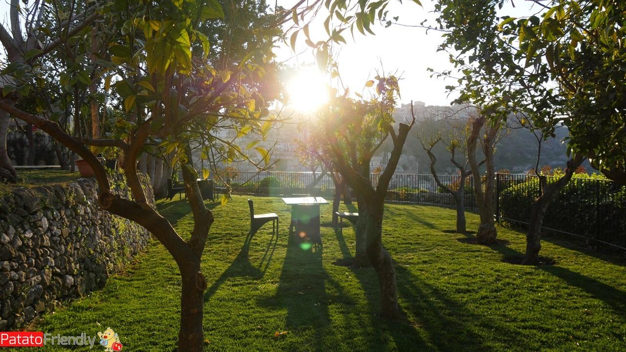 [cml_media_alt id='10680']Il Giardino sul Duomo - Ragusa Ibla - Panorama sul giardino al tramonto[/cml_media_alt]
