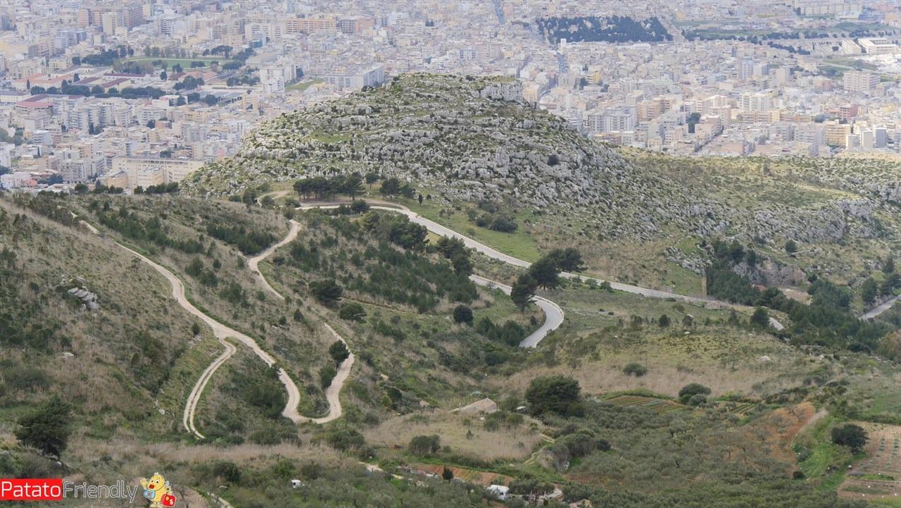 [cml_media_alt id='10655']Itinerario in auto in Sicilia - La tortuosa strada verso Erici[/cml_media_alt]