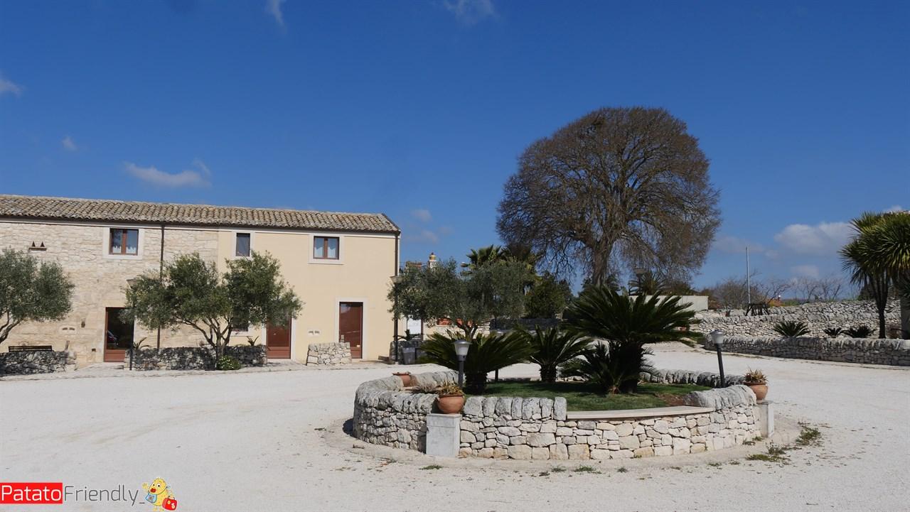 [cml_media_alt id='10647']Artemisia Resort - Ragusa[/cml_media_alt]