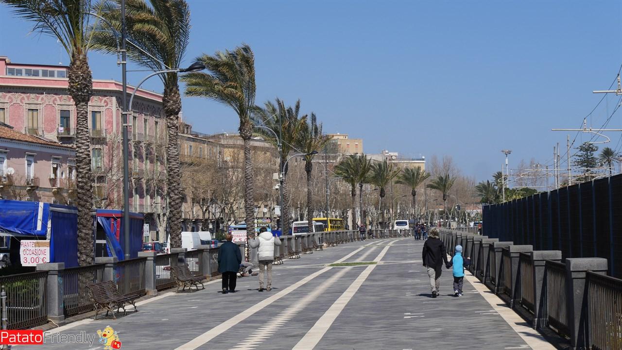 [cml_media_alt id='10577']Catania - Il lungomare[/cml_media_alt]