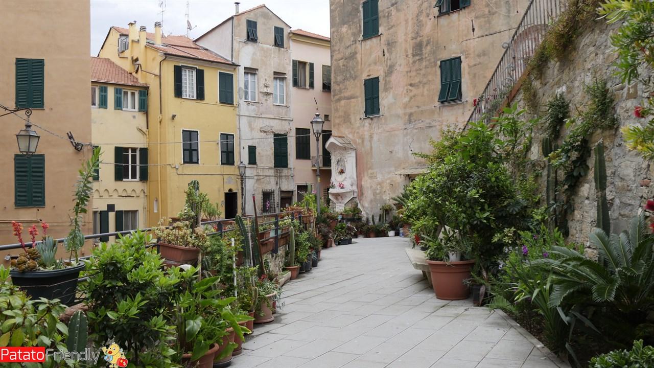 Imperia - Il Parrasio e le sue abitazioni antiche